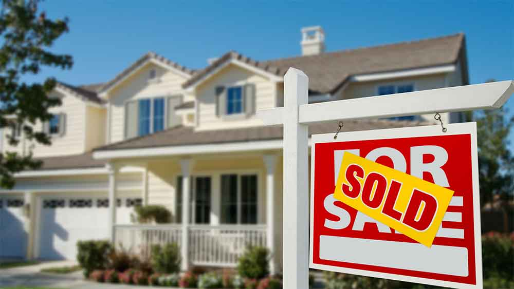 Zvestors can buy your home in Hyattsville, Maryland for cash; it's simple and fast. Contact us today at 703-259-0570 and receive your quote within one week. Zvestors pays most, if not all, fees and closing costs. That means no realtor fees, no hidden costs, and no extended waiting periods.